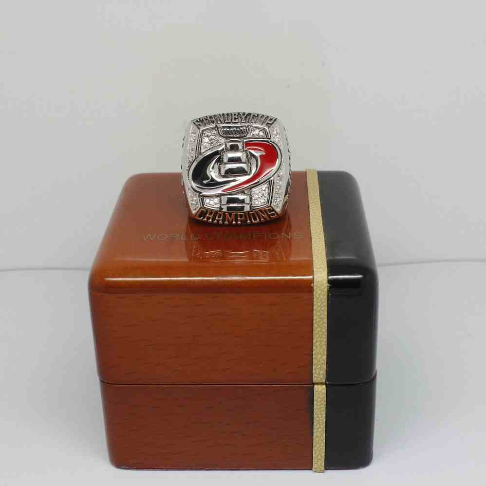 2006 NHL Championship Rings Carolina Hurricanes Stanley Cup Ring